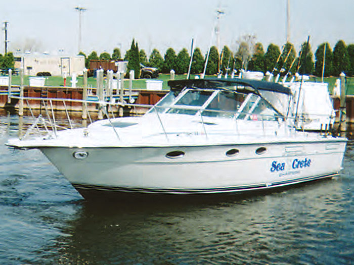 Our beautiful 31' Tiara Fishing Boat ensures that your day on Lake Michigan, from the Port of New Buffalo, Michigan, will be thoroughly enjoyed by both you and your friends.